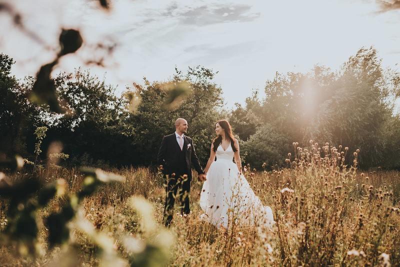 Wedding At The Secret Garden In Kent Sophie And Adam